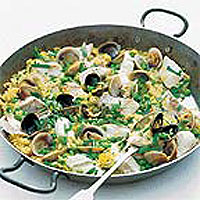 Clams Paella in Spanish Saffron